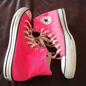 VGUC Hot pink Chucks